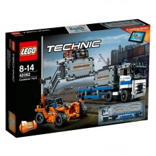 LEGO Technic - 42062 Container Yard