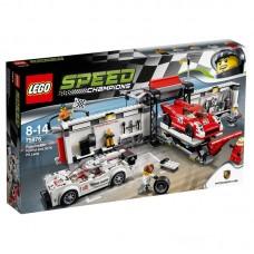 LEGO Speed Champions 75876 Porsche 919 Hybrid En 917K Pitstraat